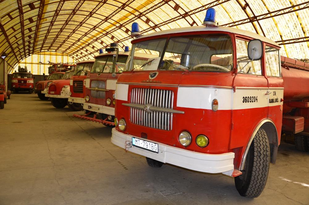 hasicske-auta-stare-modely-veterany-haly-hasicske-muzeum