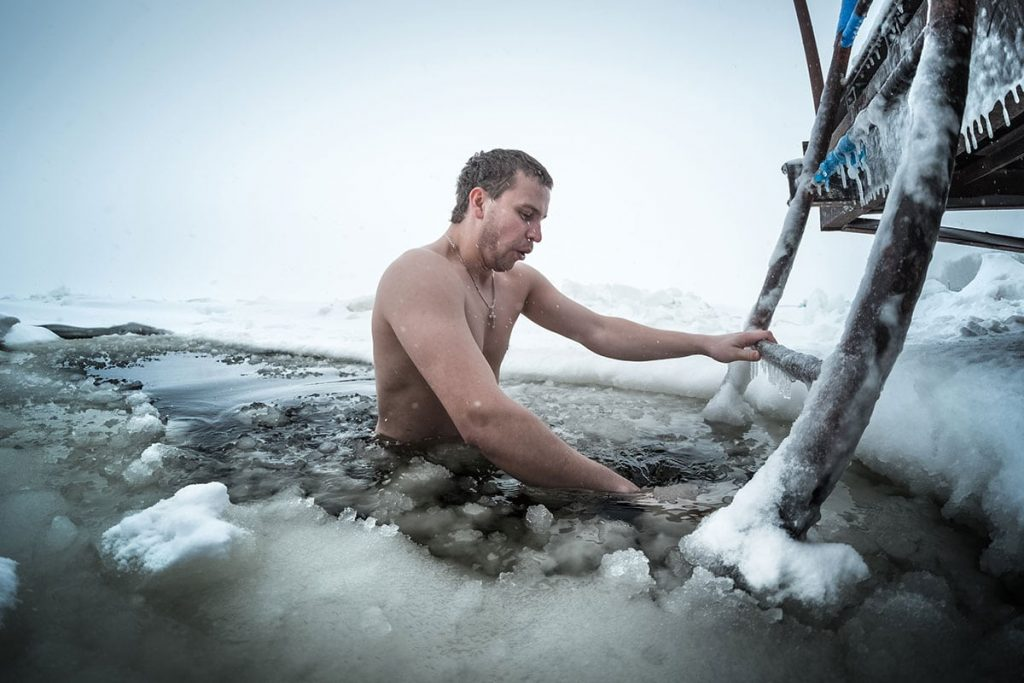 rebrik-lad-voda-otuzilec-zdravie-chlad-mraz-zima