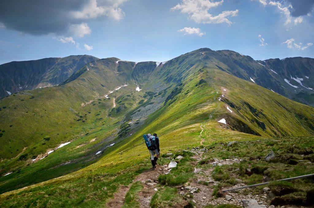 polana-krizne-sedlo-turistika-nizke-tatry-hrebenovka
