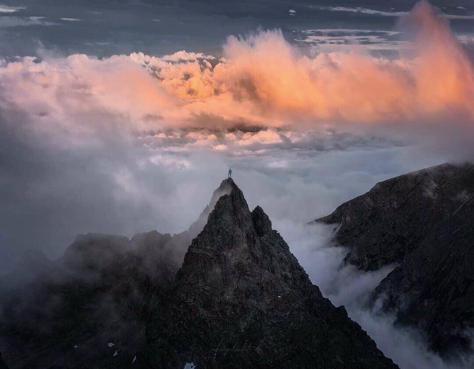 rysy-tatry-vrch-pohorie-cestovanie-osamote-vystup