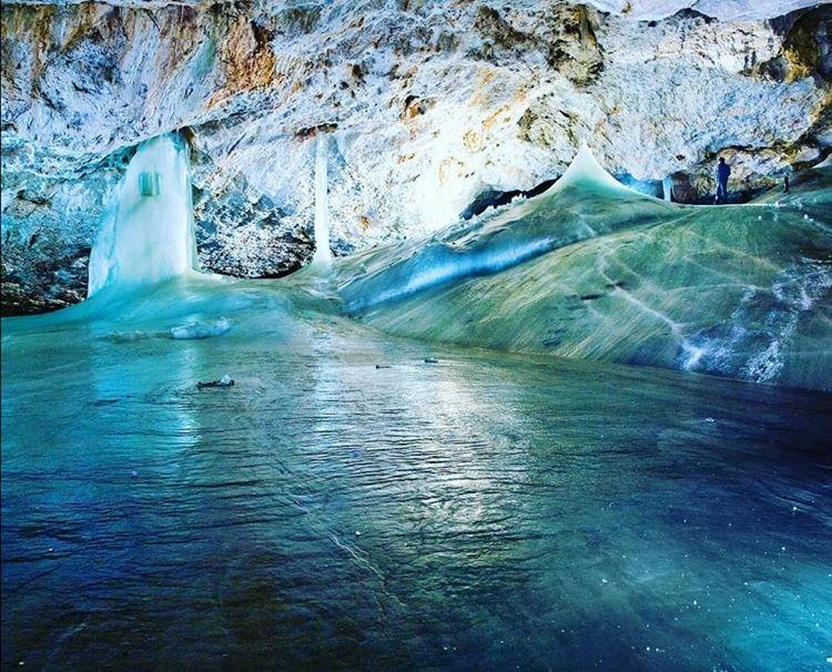 dobsinska-ladova-jaskyna-lad-vyzdoba-hornina