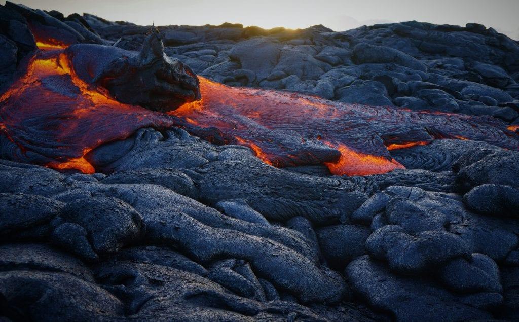 magma-lava-sopka-vulkan-ohen-priroda