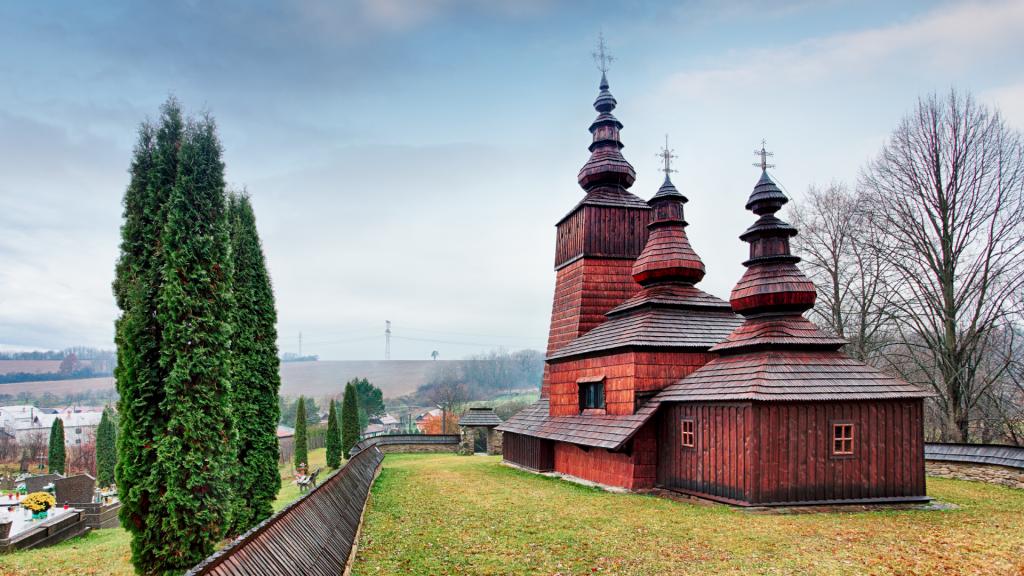 greckokatolicky-dreveny-chram-kostol-cerkev-potoky