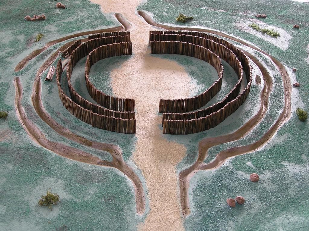 rondel-priekopy-palisady-neolit-maketa-graficky-nakres